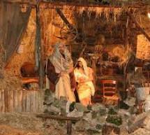 Tiểu Sử Thánh Ca: Bài Ca Máng Cỏ
