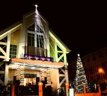 Giáng Sinh Khắp Nơi (2016) – Phần 3