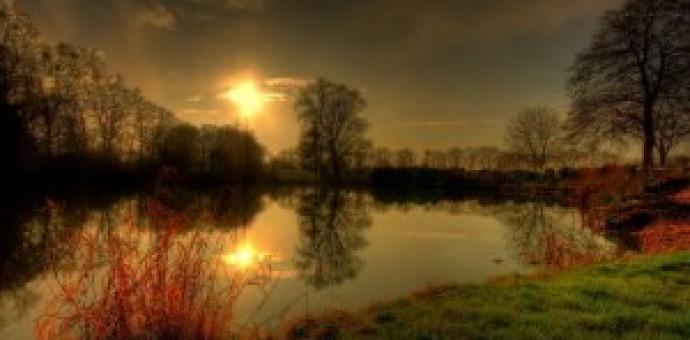 Thánh Ca: Biến Canh Lạ Thay