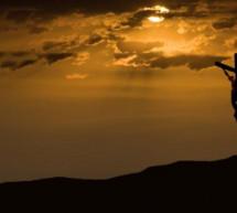 Tiểu Sử Thánh Ca: Ta Hy Sinh Vì Con