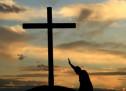 Thánh Ca: Gần Thập Tự